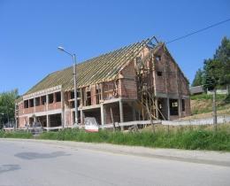 Budynek biurowo-usługowo-handlowy w Lubczy